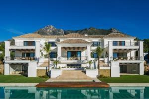 7 bedroom villa in Marbella, Malaga - Spain